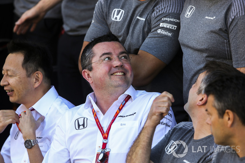 Eric Boullier, director Director McLaren en la foto del equipo McLaren