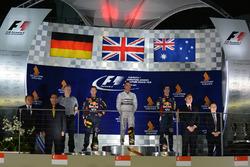 Подиум: победитель Льюис Хэмилтон, Mercedes AMG F1, второе место – Себастьян Феттель, Red Bull Racing, третье место – Даниэль Риккардо, Red Bull Racing