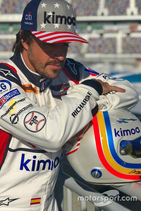 Fernando Alonso, United Autosports poses during a photoshoot