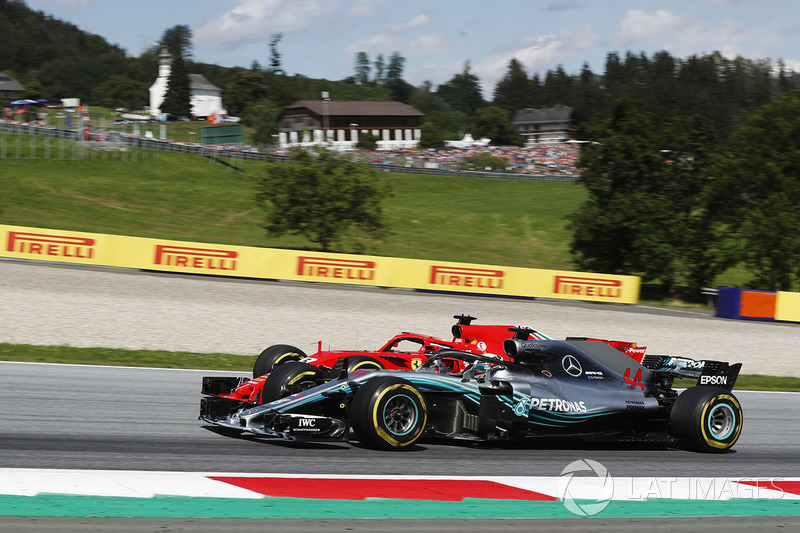 Sebastian Vettel, Ferrari SF71H, lutte contre Lewis Hamilton, Mercedes AMG F1 W09