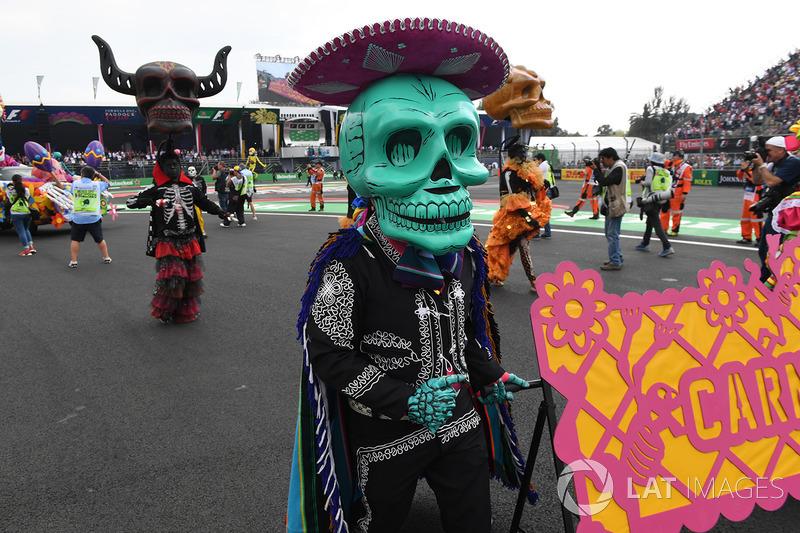 O Dia dos Mortos foi representado antes do GP do México