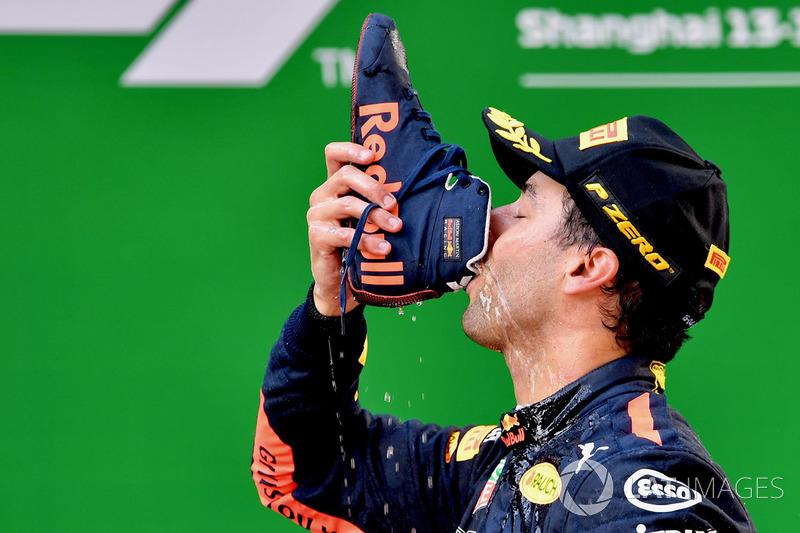 Race winner Daniel Ricciardo, Red Bull Racing celebrates on the podium with a shuey