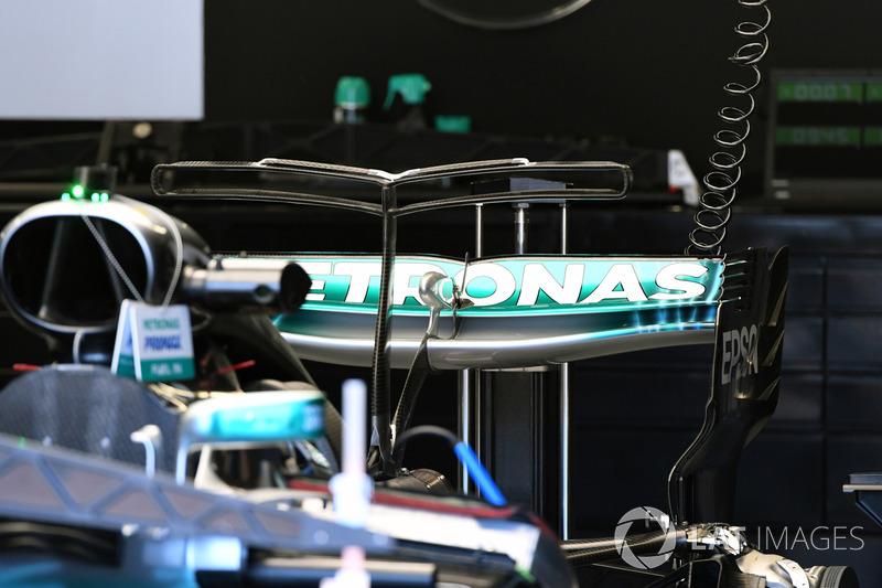 Заднє антикрило Mercedes-Benz F1 W08