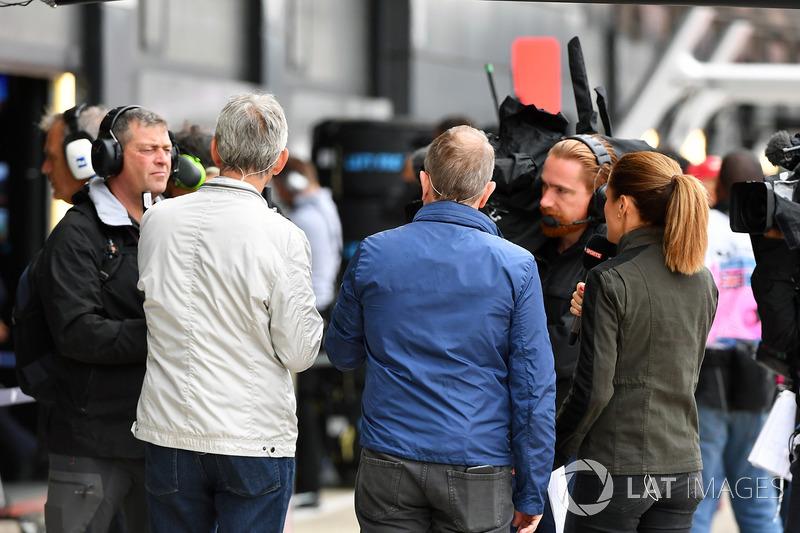Damon Hill, Sky TV y Martin Brundle, Sky TV