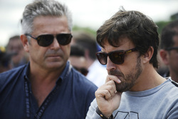 Gil de Ferran, Fernando Alonso on the grid