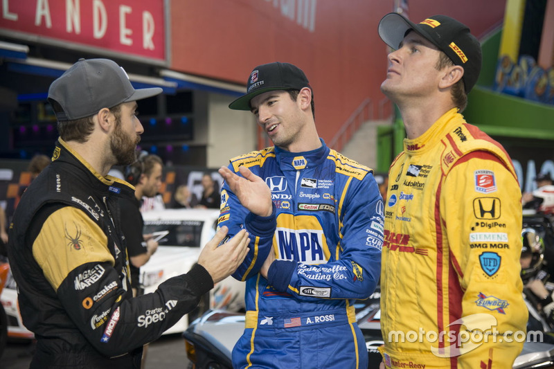 James Hinchcliffe met Alexander Rossi en Ryan Hunter-Reay