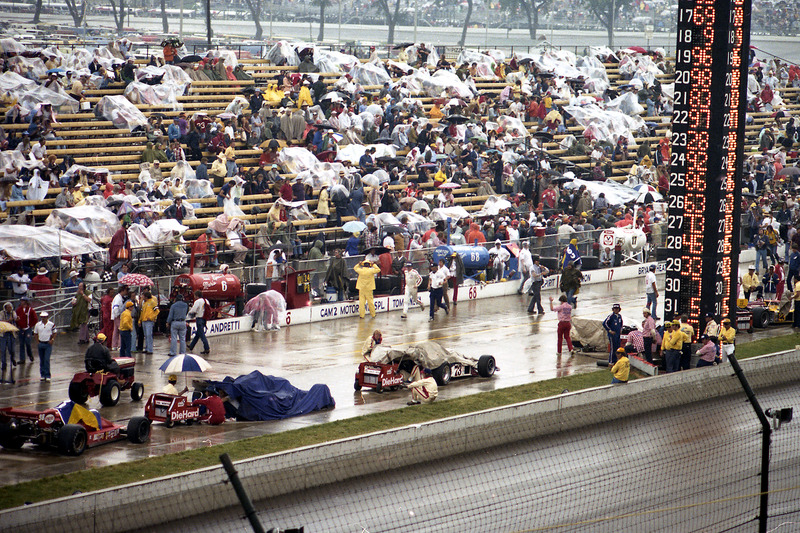 1976: Regenpauze in Indy