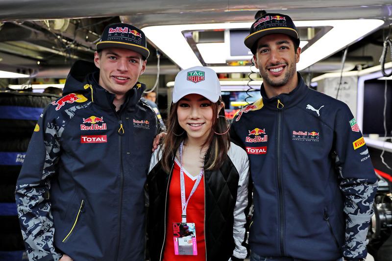 Max Verstappen, Red Bull Racing, Daniel Ricciardo, Red Bull Racing y  cantante chino, G.E.M.