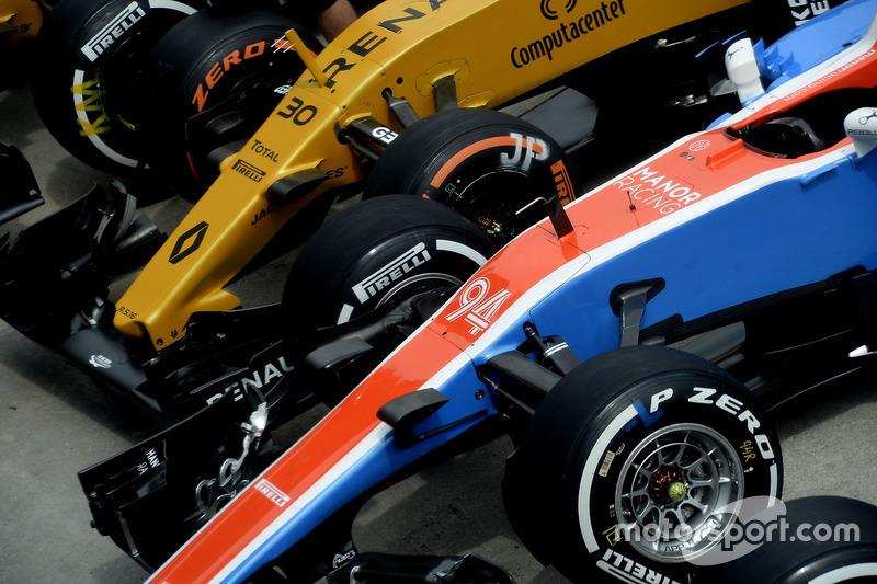 Pascal Wehrlein, Manor Racing MRT05, Jolyon Palmer, Renault Sport F1 Team RS16