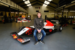Richard Verschoor, gepresenteerd als rijder bij KNAF en MP Motorsport in de SMP Formule 4 NEZ