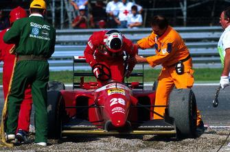 Gerhard Berger, Ferrari yarış dışı kalıyor