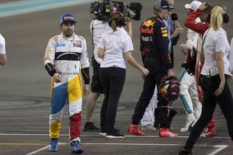 Fernando Alonso, McLaren, nel parco chiuso