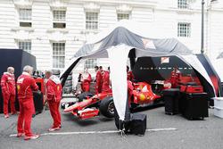 Ferrari bereitet sich vor