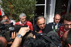Maurizio Arrivabene, Ferrari Team Principal, Sergio Marchionne, CEO FIAT