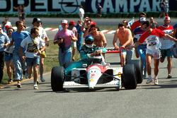 Герхард Бергер, McLaren MP4/6, Іван Капеллі