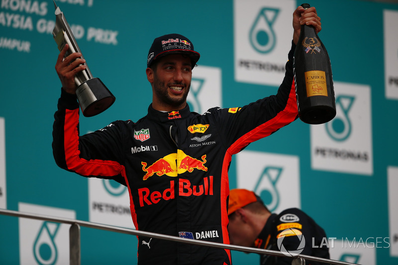 third place Daniel Ricciardo, Red Bull Racing and Champagne