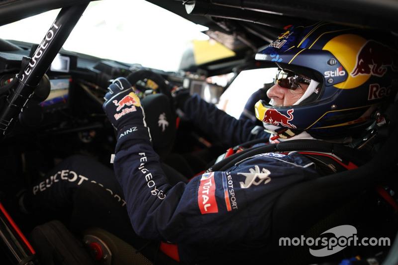 Карлос Сайнс, Peugeot Sport, Peugeot 3008 DKR