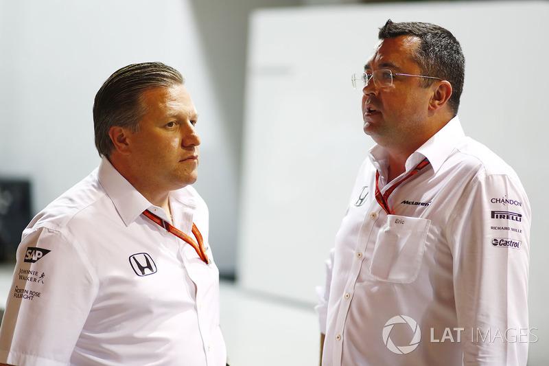 Zak Brown, Director Ejecutivo de McLaren Technology Group, Eric Boullier, Director de competición, McLaren