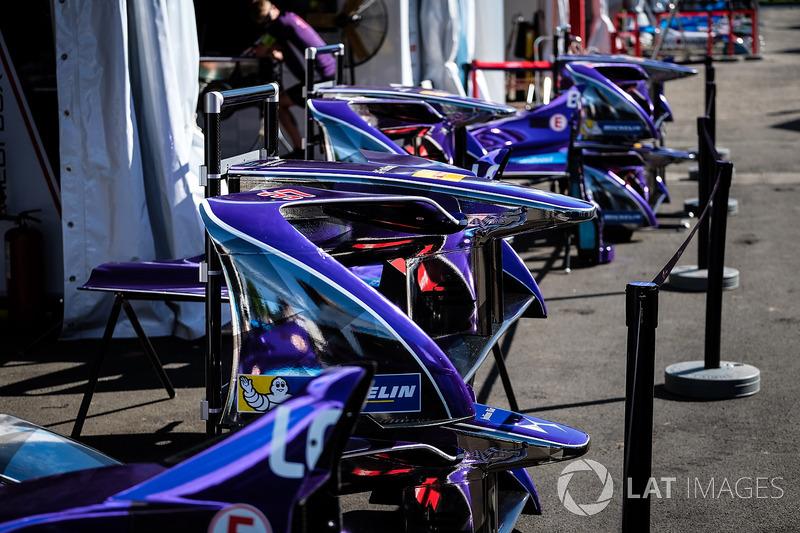 Box: DS Virgin Racing