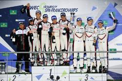 Podium LMP1: race winners Anthony Davidson, Sébastien Buemi, Kazuki Nakajima, Toyota Gazoo Racing, second place Mike Conway, Kamui Kobayashi, Toyota Gazoo Racing, third place Timo Bernhard, Earl Bamber, Brendon Hartley, Porsche Team