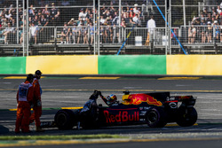 Daniel Ricciardo, Red Bull Racing, retires from the race