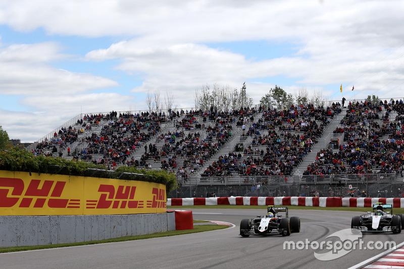 Sergio Perez, Sahara Force India and Nico Rosberg, Mercedes AMG F1 Team