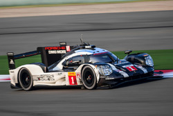 #1 Porsche Team Porsche 919 Hybrid: Timo Bernhard, Mark Webber, Brendon Hartley