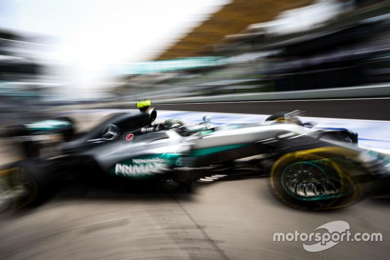 2: Нико Росберг, Mercedes AMG F1 W07 Hybrid