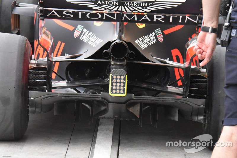 Red Bull Racing RB14 diffuser detail