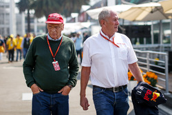 Niki Lauda, Mercedes AMG F1 en Dr Helmut Marko, Red Bull Motorsport Consultant