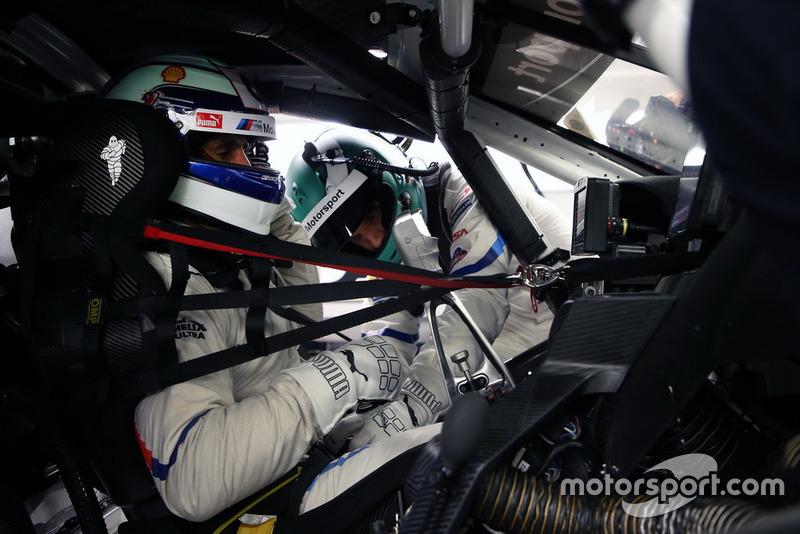 Alex Zanardi ensaya el cambio de piloto con Jesse Krohn, BMW M8 GTE