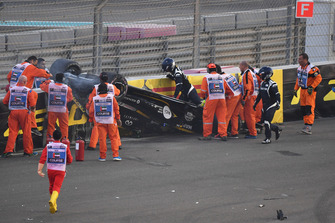 Medical team assist Nico Hulkenberg, Renault Sport F1 Team R.S. 18 after crashing and rolling on lap one