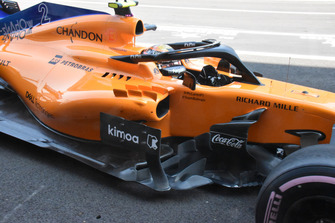 McLaren MCL33 side detail