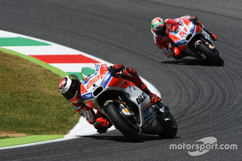 Jorge Lorenzo, Ducati Team, Michele Pirro, Ducati Team
