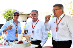 Alex Mea, Chase Carey, Director Ejecutivo y Presidente Ejecutivo de la Formula One Group y Ross Brawn, Formula One Director de Motorsports
