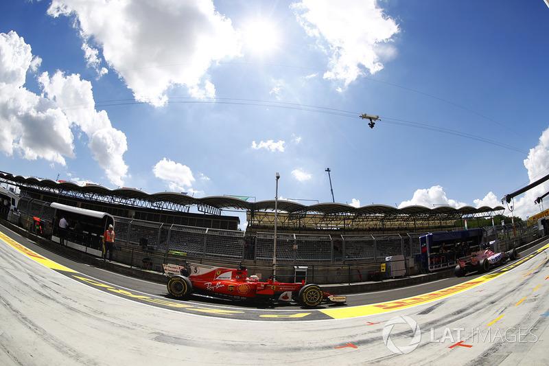 Себастьян Феттель, Ferrari SF70H, Естабан Окон, Sahara Force India F1 VJM10