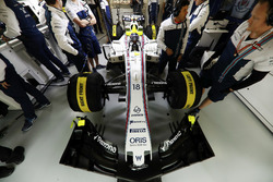 Lance Stroll, Williams FW40, in the Williams F1 garage