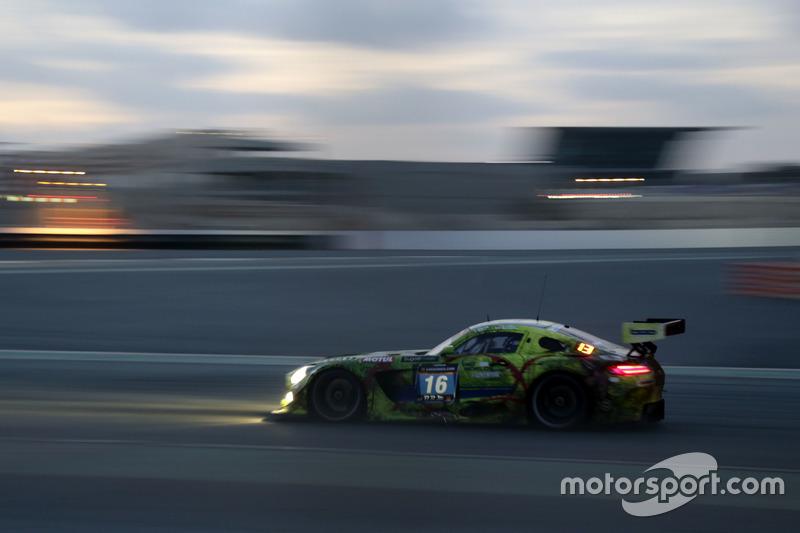 №16 SPS automotive performance Mercedes AMG GT3: Валентин Пирбург, Тим Мюллер, Лэнс Дэвид Арнольд, Том Онсло-Коул