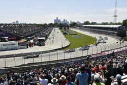 Marco Andretti, Herta - Andretti Autosport Honda, Scott Dixon, Chip Ganassi Racing Honda, Alexander Rossi, Andretti Autosport Honda, Robert Wickens, Schmidt Peterson Motorsports Honda, Start