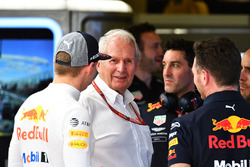 Max Verstappen, Red Bull Racing, Dr Helmut Marko, Red Bull Motorsport Consultant and Christian Horner, Red Bull Racing Team Principal