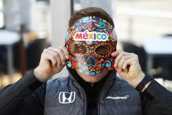 Stoffel Vandoorne, McLaren, wears a Mexican mask