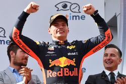 Подіум: переможець Макс Ферстаппен, Red Bull Racing