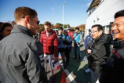 Stoffel Vandoorne, Jenson Button