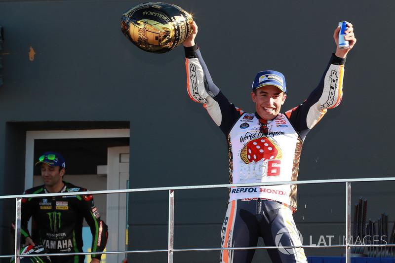 Podium : Le Champion du monde Marc Marquez, Repsol Honda Team