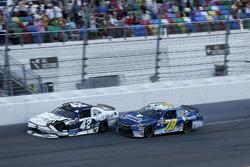 Crash, Kyle Larson, Chip Ganassi Racing Chevrolet Camaro, Ryan Ellis, BJ McLeod Motorsports Toyota Camry