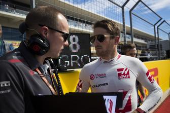 Romain Grosjean, Haas F1 Team, on the grid
