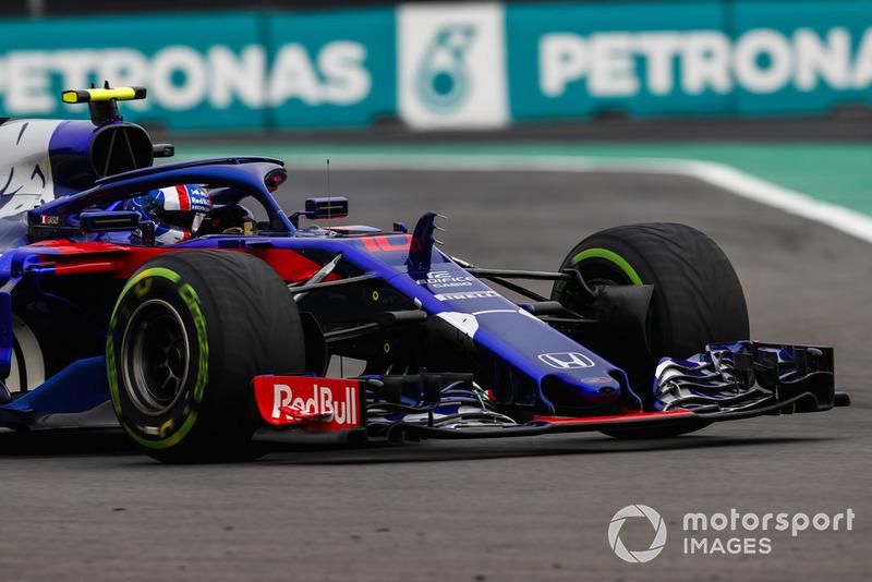 20: Pierre Gasly, Scuderia Toro Rosso STR13, sem tempo (perdeu 15 posições por ter peças do motor trocadas)
