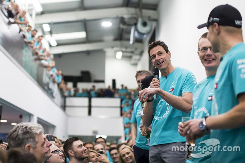 Toto Wolff, Mercedes AMG F1 celebración del Campeonato Mundial.