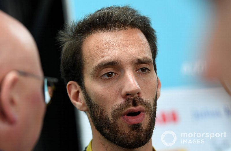 Jean-Eric Vergne, DS TECHEETAH, talks to the press