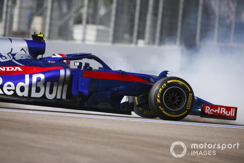 Abandon : Pierre Gasly (Toro Rosso)